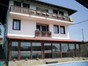 Arbanashka sreshta Hotel-Tavern